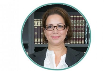 """עו""""ד ונוטריון אסתי בנג'מן – בלזר, מייסדת"""
